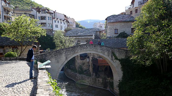 Crooked_Bridge_Kriva_Cuprija_Mostar_Bosnia_Herzegovina_Balkans_Europe_Davidsbeenhere