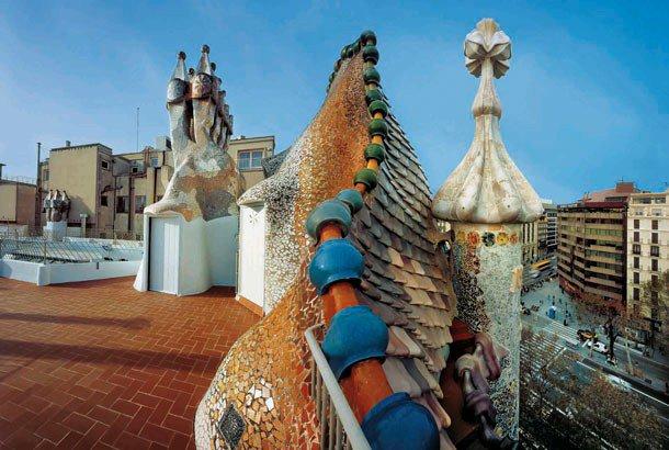 casa-batlló-gaudi-museum-www.barcelona-metropolitan.com-4