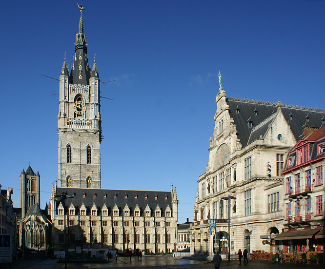 holidays-Ghent-eurostar-weekend-city-break-gent-Lakenhalle-Cloth-Hall-Belfry