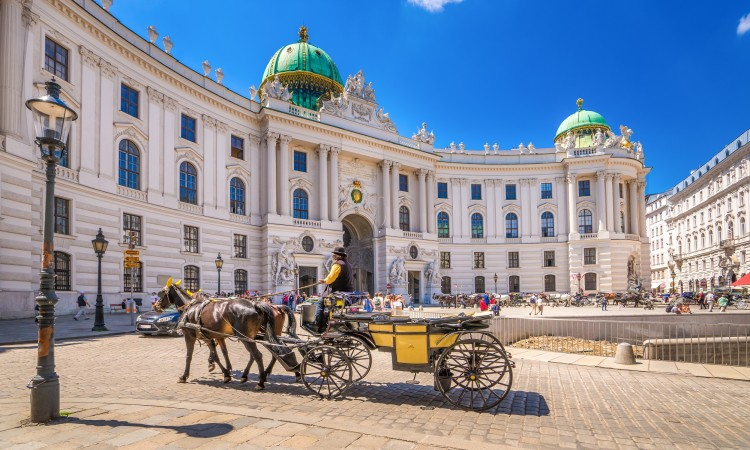 vienna-hofburg-palace-ticket-and-tour-with-audioguide_medium-27806